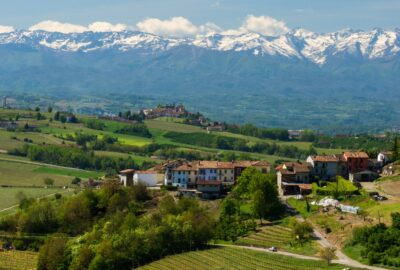 Travel in Piedmont, around the Langhe by bike